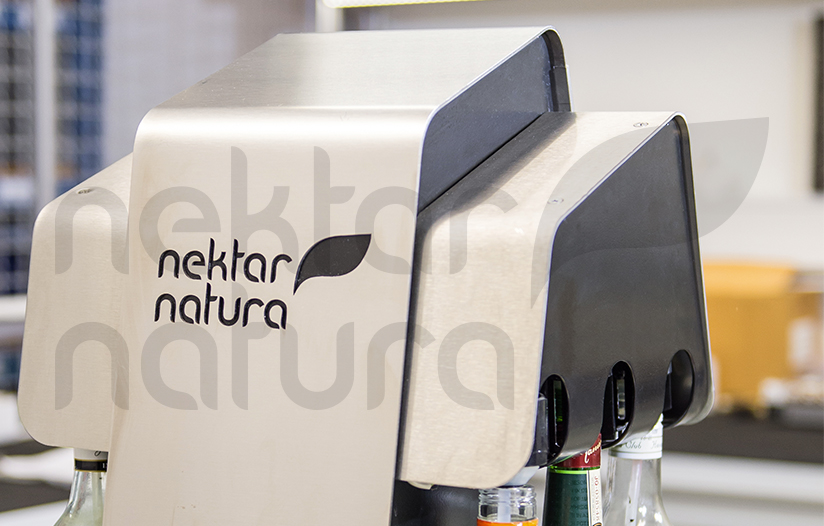 Nektar-Natura-Tower-Touch-Dispensing-System-detail-3